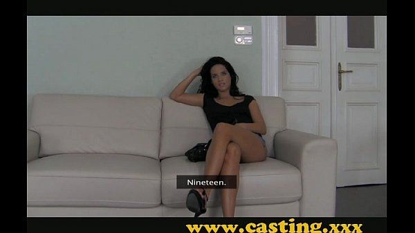 Casting - Sexy brunette Kitten works the big cock