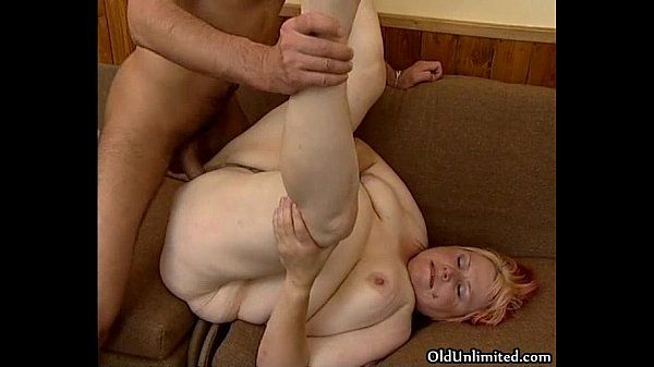 Nasty fat woman gets her pussy pounded