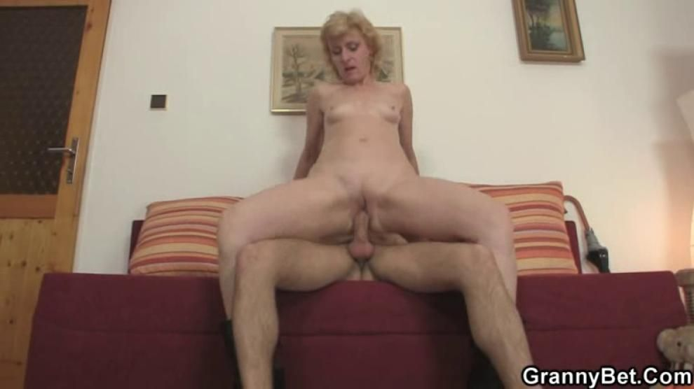 Young dude picks up and old blonde